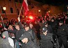 Wielu z 'patriotów' oddaje jednocześnie hołd polskim bohaterom i Adolfowi Hitlerowi