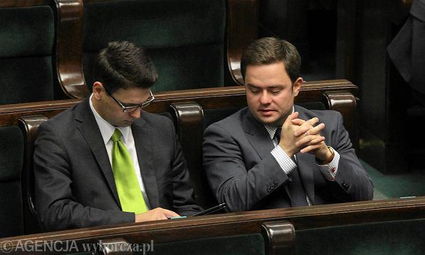 Pos�owie na smyczy? RMF FM: Sejm chce zamontowa� im GPS w samochodach do wyjazd�w s�u�bowych