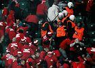 Kibole Widzewa w trakcie zadymy z ochroniarzami na meczu z Legią Warszawa w ubiegłym sezonie
