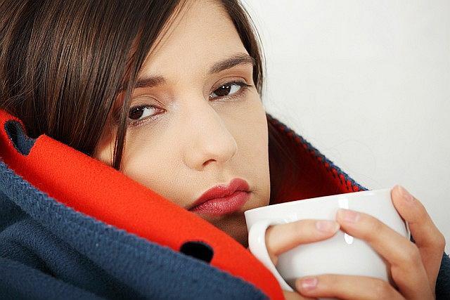 Chociaż łatwo je rozróżnić, przeziębienie i grypa są najczęściej mylonymi chorobami.
