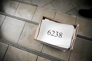 http://bi.gazeta.pl/im/0/10760/z10760810M,Podpisy-pod-projektem-uchwaly-w-sprawie-karty-miejskiej.jpg
