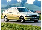 OPEL Vectra B Hatchback 95-99, rok produkcji 1995, coupe, widok przedni prawy, samoch�d 5-drzwiowy, kolor zielony jasny