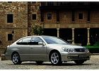 LEXUS GS 97-05, rok produkcji 2000, sedan, widok przedni prawy, samoch�d 4-drzwiowy, kolor silver grey