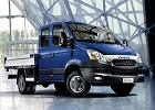 IVECO Daily 35S11 Euro 5, rok produkcji 2011, pick up z podw�jna kabina, widok przedni prawy, samoch�d 4-drzwiowy, kolor niebieski jasny