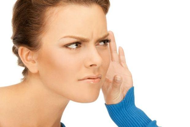 W�r�d os�b dotkni�tych otoskleroz� dominuj� m�ode kobiety