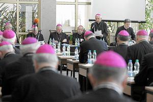 Prof. Stanis�aw Luft pisze list otwarty do Episkopatu: ''Zaw�aszczanie Ko�cio�a przez ha�a�liw� mniejszo�� zamieniaj�c� go w parti�''