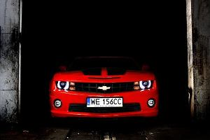 Za kierownic� Chevroleta Camaro | Wideo
