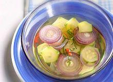 Zupa z cukinii, chilli i czerwonej cebuli - ugotuj
