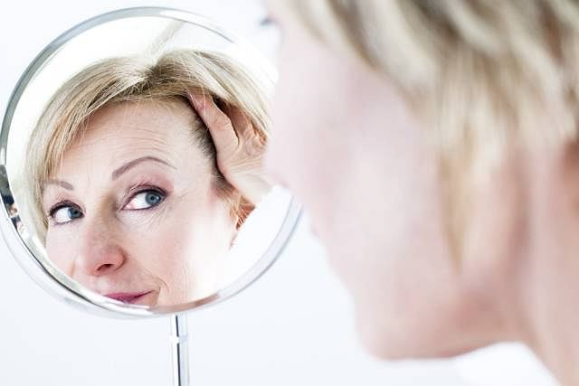 Koenzym Q10 oczyszcza skórę m.in. z wolnych rodników, które przyśpieszają starzenie się skóry