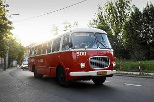 http://bi.gazeta.pl/im/0/11803/z11803340M,Zabytkowy-jelcz--ogorek-.jpg