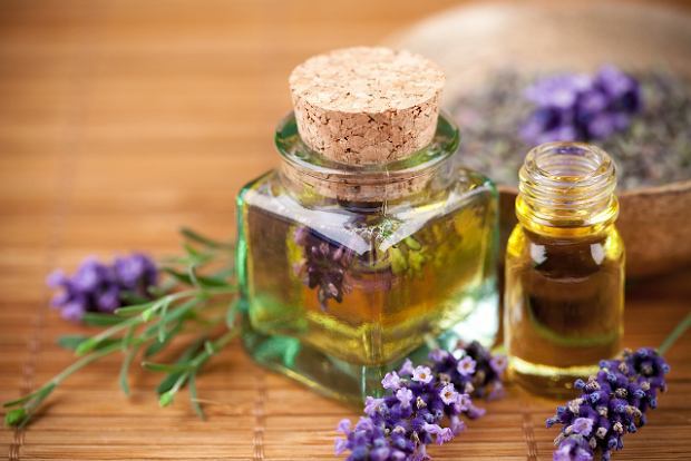 Dzia�anie olejk�w aromaterapeutycznych