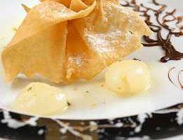 Owoce chlebowca w sakiewce