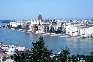 """Węgrzy nie chcą zmieniać czasu na zimowy. Jest """"dopasowany do krajów zachodnich"""""""
