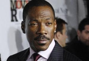 "Eddie Murphy opublikował teledysk do singla ""Oh Jah Jah""."