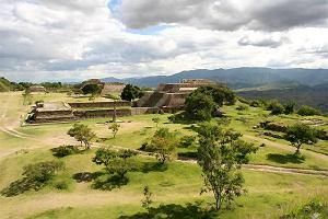 Pocztówka z Meksyku. Sierra Madre del Sur, święta góra Zapoteków