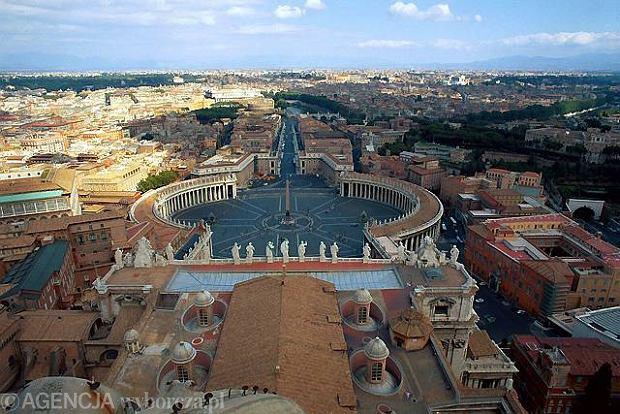 """""""L'Osservatore Romano"""": Narada w Watykanie na temat pedofil�w w Ko�ciele"""