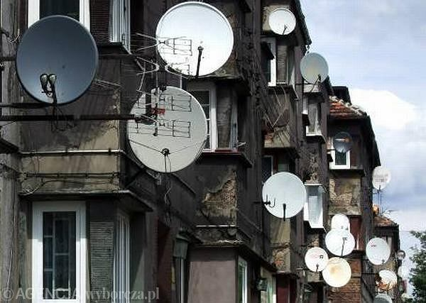 Z powodu silnej konkurencji, w najbli�szych latach przychody p�atnej telewizji w Polsce b�d� male�.