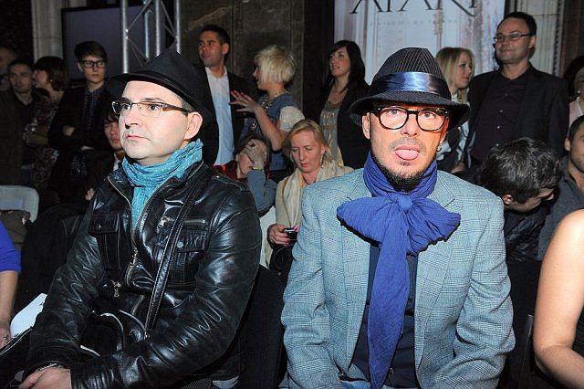 Przez jakiś czas plotkowano o związku stylisty z pisarzem Michałem Witkowskim.