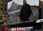 Barack Obama w reklamie kurtek Weatherproof