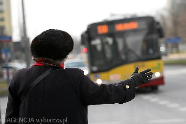 """Po autobus """"na żądanie"""" machaj do skutku. Nowy regulamin"""