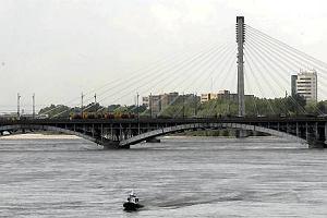 Powódź w Polsce. Wielka woda dotarła do Warszawy [MINUTA PO MINUCIE]