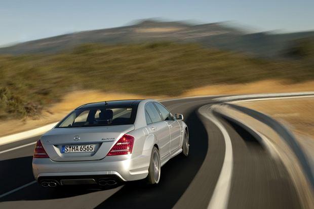 W Niemczech spada sprzeda� aut