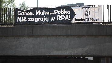 Ostatnią akcję koniecpzpn.pl można było oglądać podczas mistrzostw świata w RPA. W kilku największych polskich miastach (m.in. w Łodzi) zawisły banery m.in. z hasłami: 'Senk Ju Gregory za Mundial', 'W RPA Mundial, u Nas LATO', 'Gabon, Malta, Polska  nie zagrają w RPA'