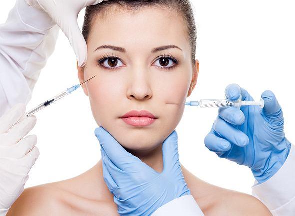 Botoks ogromnym powodzeniem cieszy się w nie tylko w medycynie estetycznej