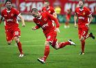 Ekstraklasa. Ponad 9 tys. widz�w na meczu Widzew-Legia
