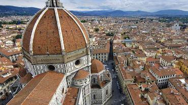 Florencja, katedra Santa Maria del Fiore i miasto w tle