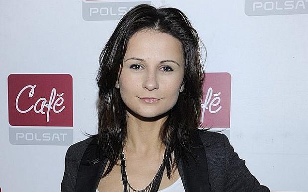 Ania �wi�tczak pracuje jako RECEPCJONISTKA! To ju� KONIEC jej kariery?!