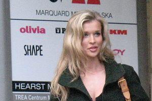 Joanna Krupa dzieli czas i karier� pomi�dzy Polsk� i USA. Kilka dni temu modelka odwiedzi�a siedzib� wydawnictwa, kt�re wydaje Cosmopolitan, Playboya, czy CKM.