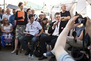 Solidarni 2010 czekaj� na kr�la i drugi stan wojenny