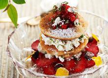 Gryczane słodkie racuchy z truskawkami i serkiem miętowym - ugotuj