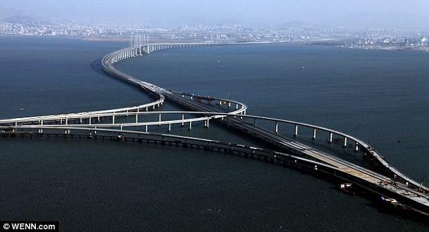 Najd�u�szy most na �wiecie