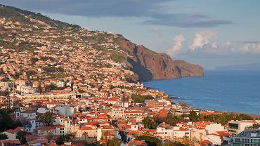 Madera - jedna z wysp należących do Portugalii na Oceanie Atlantyckim u wybrzeży Afryki. Coraz chętniej odwiedzana również przez Polaków