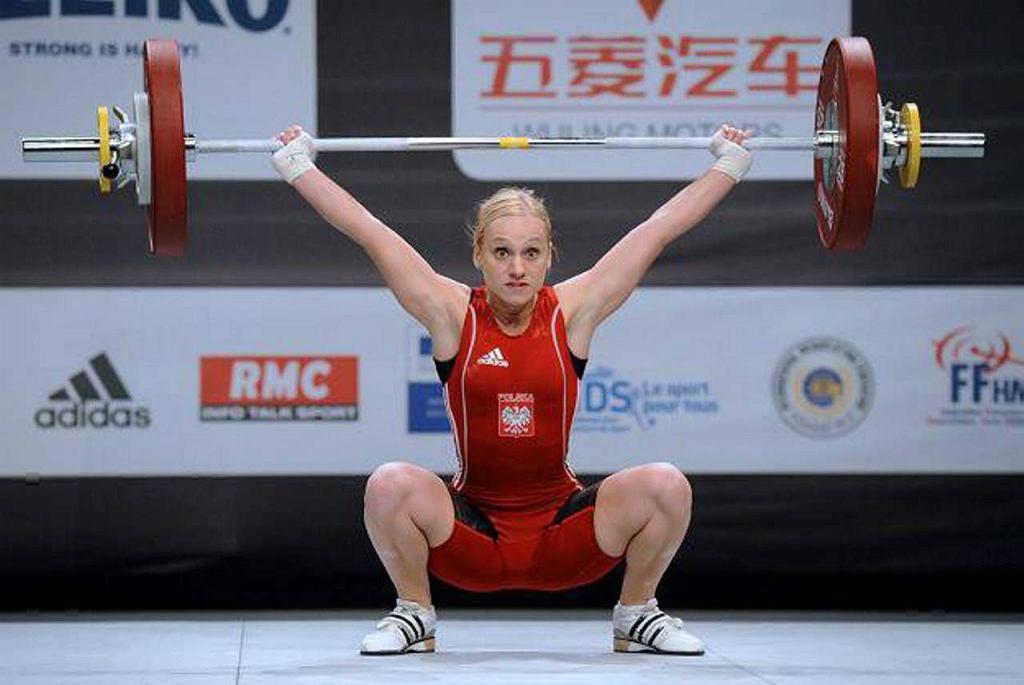 Joanna Łochowska (kat. 58 kg, 24 lata) - mistrzyni kraju w dwuboju w kat. 53 kg. Dziesiąte miejsce na MŚ w 2009 r., szóste na ME w 2010 r. Na IO w Londynie 13. pozycja ze 191 kg (84 + 107).