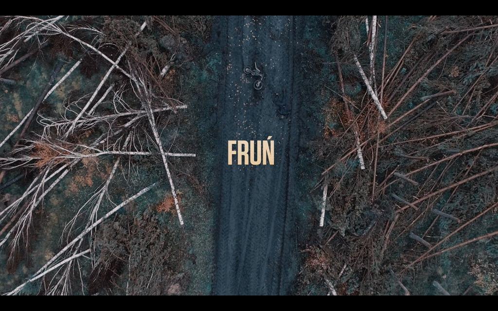 Kadr z teledysku do utworu 'Fruń' L.U.C. / mat prom