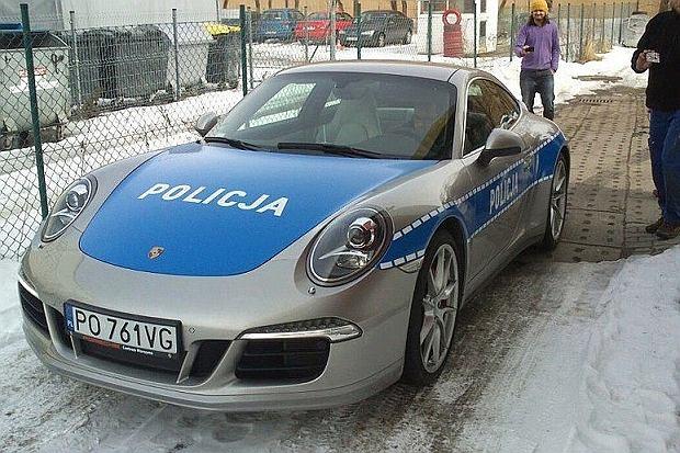 Nowe radiowozy policji w Poznaniu? Nie do końca