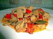 Gulasz wieprzowy z pieczarkami - ugotuj
