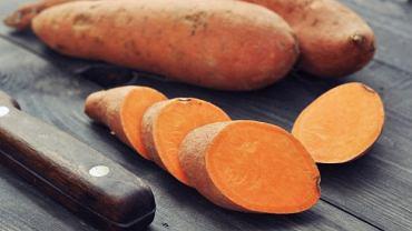 """Dlaczego, czasem warto zastąpić """"zwykłego"""" ziemniaka batatem?"""