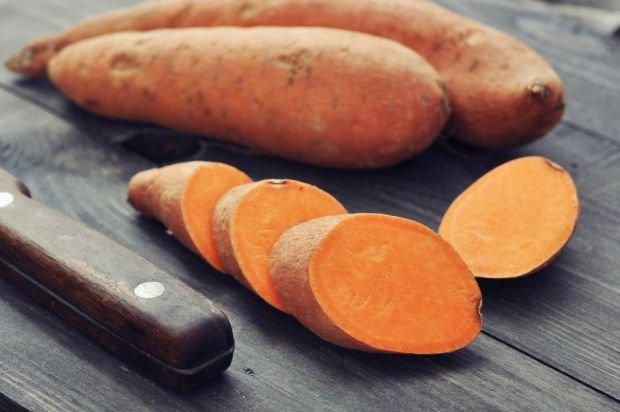 batat, warzywa, witaminy, słodkie ziemniaki, żelazo, potas, kwas foliowy