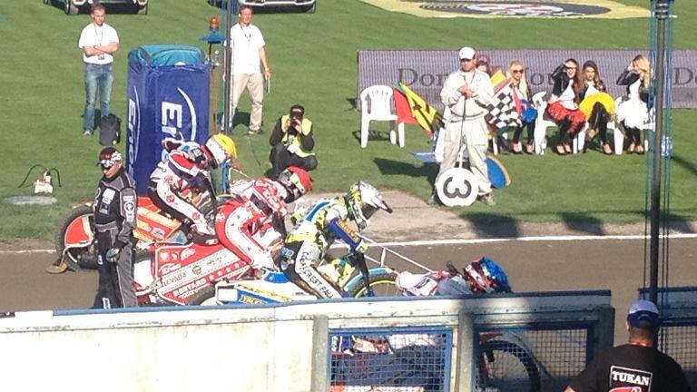 Zawody Polish Speedway Battle. Magnus Zetterstroem (kask żółty), Maciej Janowski (kask czerwony), Darcy Ward (kask biały), Krystian Pieszczek (kask niebieski).
