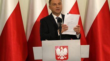 Prezydent Andrzej Duda przedstawia wlasne projekty ustaw o Sądzie Najwyższym i Krajowej Radzie Sądownictwa, 25 września 2017 r.