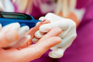 Nowe insuliny: inteligentna i wziewna. Czy u�atwi� �ycie z cukrzyc�?