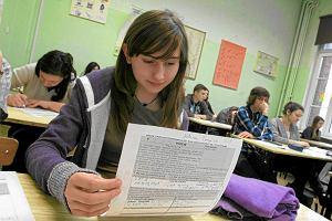 Nowo�ci w liceach i gimnazjach: lekcje architektury i prawa