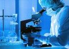 """Nie każde laboratorium genetyczne zapewnia wiarygodne wyniki. Komu pokazać geny? [Ranking """"TYLKO ZDROWIE""""]"""