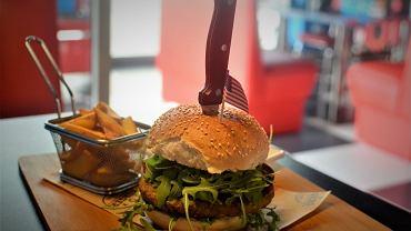 Burger w Pin Up American Burger
