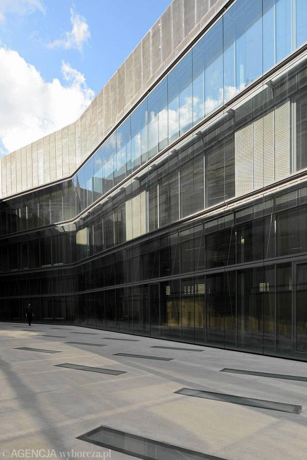Nowy Budynek Asp W Warszawie Przyjął Pierwszych Studentów