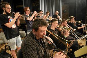 Jazzmani niekompetentni, by uczyć w szkołach muzycznych